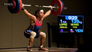 women body buidler dead lift weightlifting